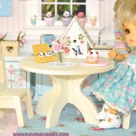 DIY MINIATURE WOODEN ROUND TABLE FOR LATI YELLOW PUKIFEE DOLLHOUSE, DIORAMA FURNITURE 1:12