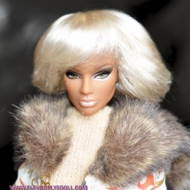 PERRUQUE ROXIE POUR BARBIE SILKSTONE FASHION ROYALTY LATI WHITE PUKIPUKI DOLLS