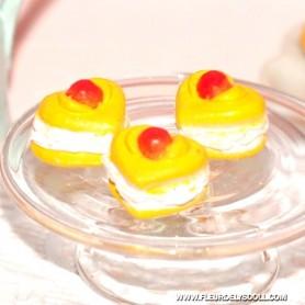 3 LITTLE CAKES MINIATURE LATI YELLOW BARBIE FASHION ROYALTY BLYTHE PULLIP DIORAMAS 1:12