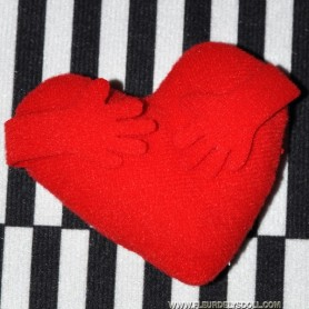 RED HEART PILLOW OR CUSHION MINIATURE BARBIE FASHION ROYALTY BJD LATI YELLOW PUKIFEE DIORAMA 1/6 DOLLHOUSE