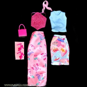 LOT DE 2 TENUES COMPLETES (7 PIECES) + CHAUSSURES + SAC FASHION ROYALTY BARBIE SILKSTONE