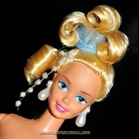 BARBIE COLLECTOR BLOND GREAT UPDO FOR OOAK MINT AND NUDE