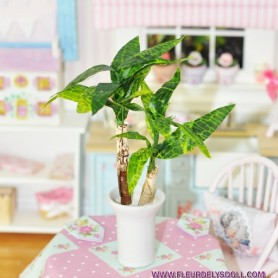 BEAUTIFUL BANANA TREE YUKA MINIATURE LATI YELLOW PUKIFEE BJD BLYTHE PULLIP BARBIE DOLL ROOM DIORAMA DOLLHOUSE