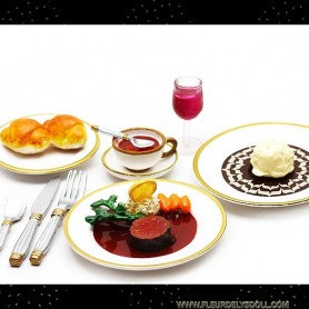 RE-MENT MINIATURE REPAS CHIC TOURNEDOS VIN GOURMET LATI YELLOW BARBIE FASHION ROYALTY BLYTHE PULLIP DIORAMAS PLAYSCALE