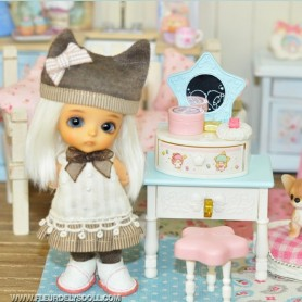 LITTLE TWIN STARS COIFFEUSE MINIATURE LATI YELLOW BARBIE FASHION ROYALTY BLYTHE PULLIP PUKIFEE DIORAMA 1:6