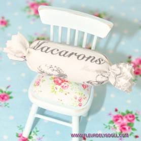 MACARONS PILLOW OR CUSHION MINIATURE BARBIE FASHION ROYALTY BJD LATI YELLOW PUKIFEE DIORAMA 1/12 1/6 DOLLHOUSE