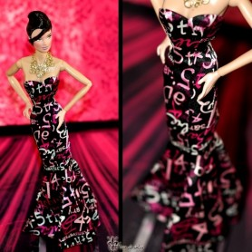 ROBE BARBIE 45 ANNIVERSARY SILKSTONE EXCLUSIVE FASHION ROYALTY