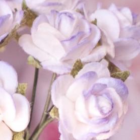 BEAUTIFUL VIOLET AND WHITE ROSES FLOWERS MINIATURE LATI YELLOW PUKIFEE BJD BLYTHE PULLIP BARBIE DOLL ROOM DIORAMA DOLLHOUSE