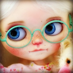 BEAUTIFUL LIGHT GREEN GLASSES REAL GLASS FOR BLYTHE AND NEO BLYTHE DOLLS