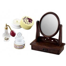 VINTAGE DRESSING TABLE AND ACCESSORIES 1:12 SCALE RE-MENT MINIATURE DOLLHOUSE