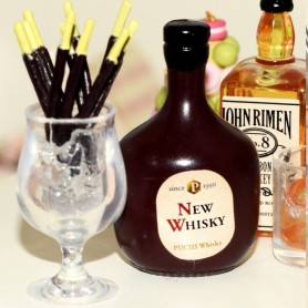 WHISKY BOTTLE AND CHOCOLATE STICKS GLASS APERITIVE DOLL MINIATURE BARBIE KEN PHICEN FASHION ROYALTY ACTION FIGURE DIORAMA 1/6