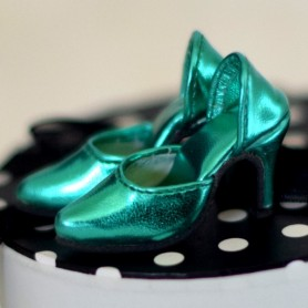 """METALIC PARTY SHOES FOR SYBARITE TONNER KINGDOM 16"""" DOLLS"""