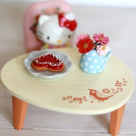 MINIATURE TABLE AND CHAIR FOR SMALL FIGURINES BJD DIORAMA DOLLHOUSE 1/6