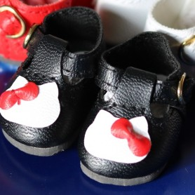 FAUX LEATHER KITTY SHOES FOR BJD MY MEADOWS DOLLS GIGI PATTI BAILEY TELLA ...3.8 X 2 CM AND DOLLS WITH SIMILAR FOOT SIZE