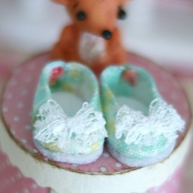 LOVELY SHOES POMPOM GREEN LACE FOR BJD LATI WHITE AND OTHER SMALL DOLLS