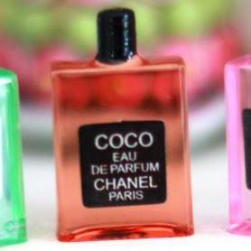 COCO CHANEL PERFUME BOTTLE MINIATURE LATI YELLOW BARBIE FASHION ROYALTY BLYTHE PULLIP SYBARITE DOLLHOUSE DIORAMA 1:6