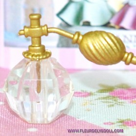 ATOMISEUR PARFUM VINTAGE MINIATURE LATI YELLOW BARBIE FASHION ROYALTY BLYTHE PULLIP DIORAMAS VITRINE....