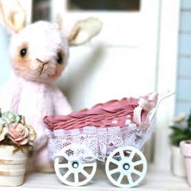 BABY CARRIAGE PRAM RETRO VINTAGE MINIATURE BJD BLYTHE PULLIP LATI YELLOW DOLLHOUSE