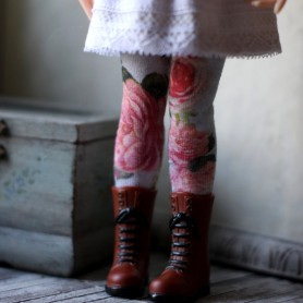 HIGH SOCKS OR STOCKINGS FLOWERS HAND MADE FOR BLYTHE DOLLS PURE NEEMO OBITSU LICCA CUSTOM BLYTHE BODIES
