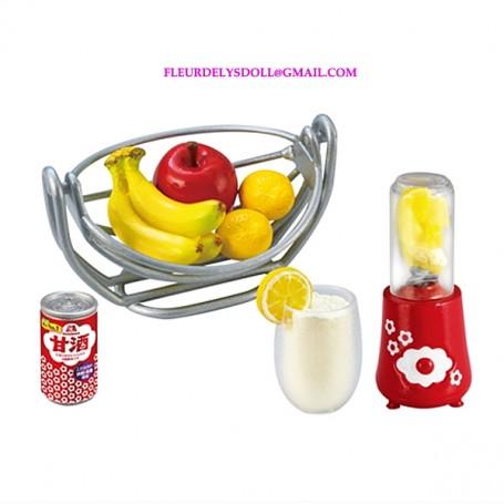 RE-MENT REMENT MINIATURE MORINAGA BASKET OF FRUIT BLENDER AND GLASS BJD DOLLS BLYTHE BARBIE DIORAMA DOLLHOUSE 1/6