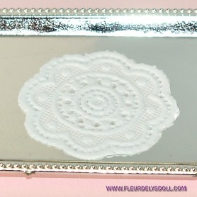 PLACE MAT DOILY MINIATURE BARBIE FASHION ROYALTY BLYTHE PULLIP SYBARITE TONNER LATI PUKIFEE DOLLHOUSE DIORAMA 1:6