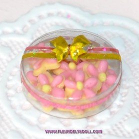 FRENCH COOKIES IN BOX MINIATURE BARBIE FASHION ROYALTY BLYTHE PULLIP DIORAMA DOLLHOUSE 1/12