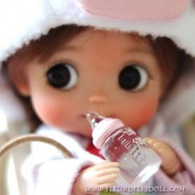 TINY BABY BOTTLE OF WATER DOLL MINIATURE STODOLL OB11 LATI YELLOW PUKIFEE DOLLHOUSE DIORAMA