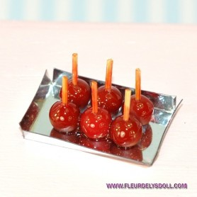 TRAY OF TOFFEE APPLES MINIATURE DOLLHOUSE DIORAMA 1/12