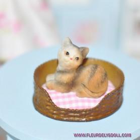LOVELY CAT KITTY MINIATURE BARBIE FASHION ROYALTY LATI YELLOW PUKIFEE BJD BLYTHE PULLIP DOLLHOUSE DIORAMA DOLL